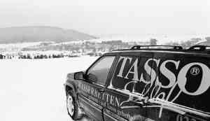 Jeep mit Tasso Werbung