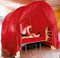 Der Pränatalraum ist ein Raum voller Geborgenheit zur Therapie von Schwerstbehinderten